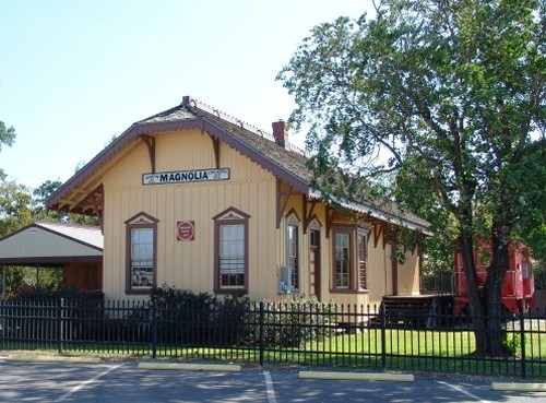 Magnolia Depot, Northwest Houston Neighborhoods, The Lippincott Team