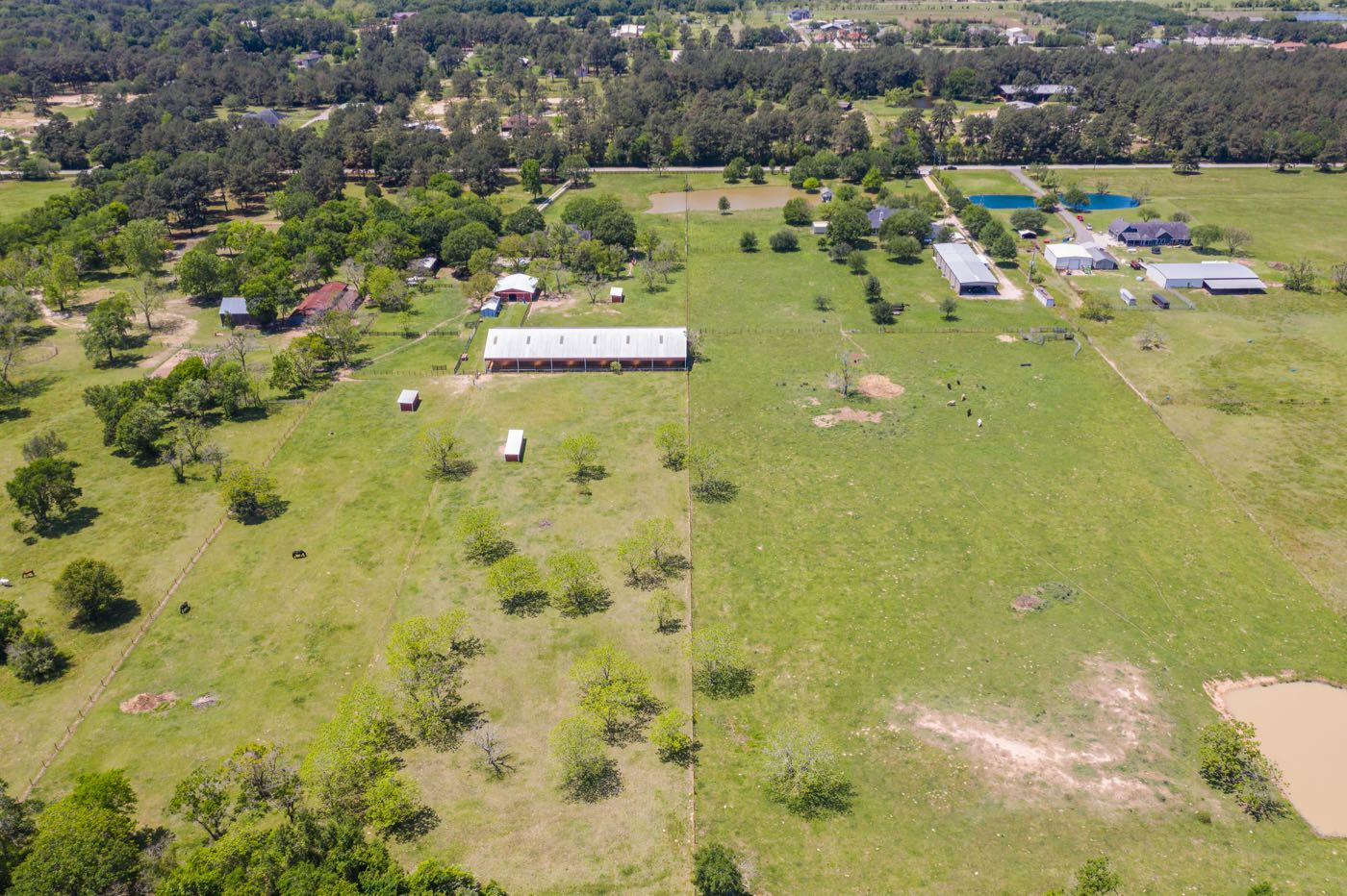 experts for buying and selling ranches, farms, and land in Houston